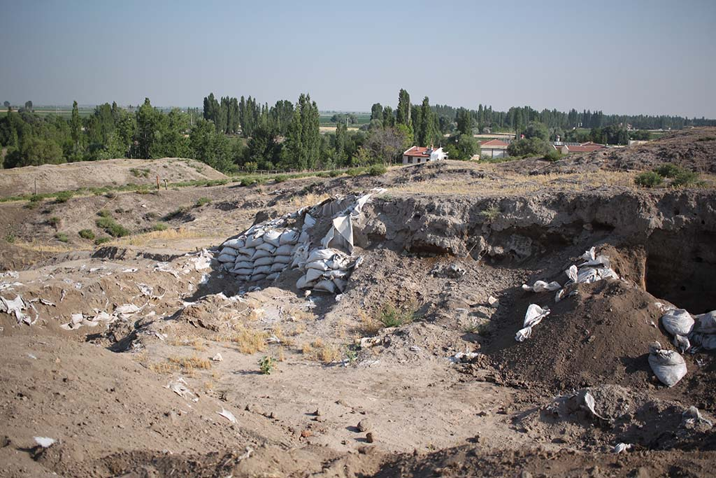 8. Currently inactive area of excavation, Mellaart spoil heap on the left