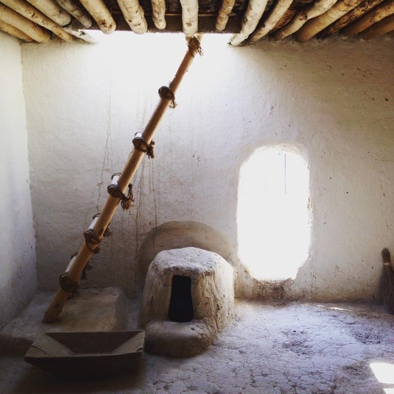 Building the experimental house allowed the archaeologists to see how the houses at Çatalhöyük would have been lit. Photo by Katrina Gargett.